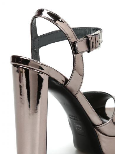 STUART WEITZMAN Sashay Mirrored Leather Sandals
